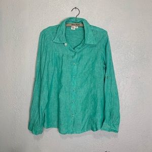 Ellen Tracy Company 100% Iinen soft green shirt
